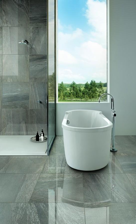 5 Simple Tips To Make Your Small Bathroom Bigger Italia Ceramics